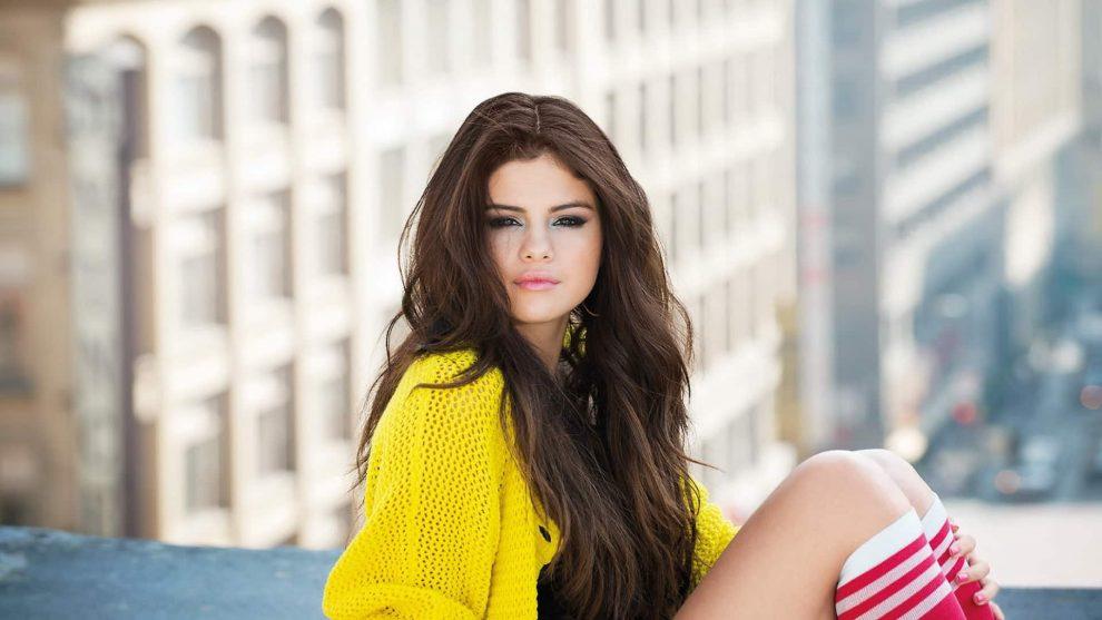 Selena Gomez Gets Back To Basics