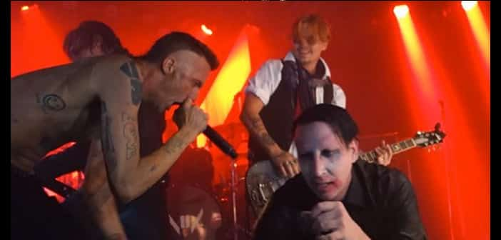 Marilyn Manson Calls On Johnny Depp & Ninja For Halloween concert 1
