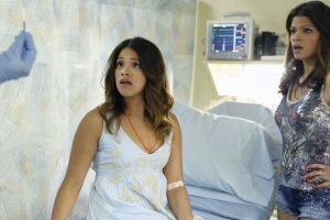 "JANE THE VIRGIN - The CW shares a ""Chapter 7"" Clip w/ Jaime Camil & Justin Baldoni"