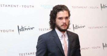 KIT-HARINGTON-facebook