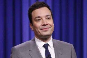 'Tonight Show' Host Jimmy Fallon Tears Open Finger in Accident