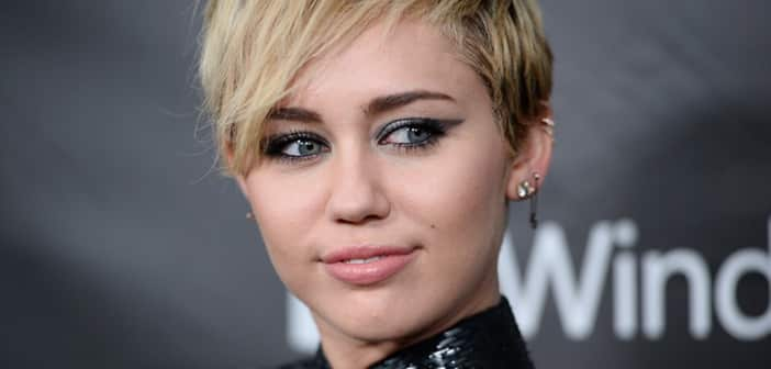 Miley Confirms Hosting Position For 2015's VMAs