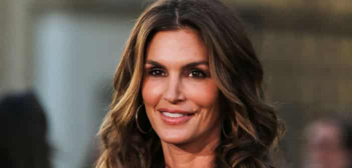 Cindy Crawford Developing TV Series Featuring '80s Modeling Agencies