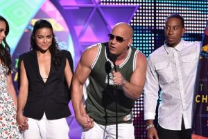 Teen Choice Awards Sees Vin Diesel Give Moving Tribute to Paul Walker After Furious 7 Win