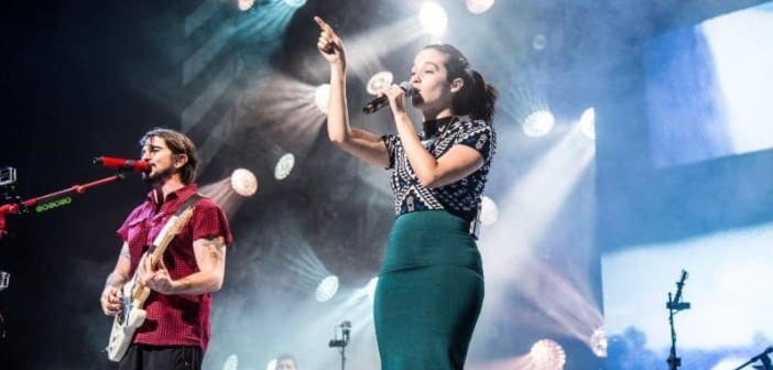 Ximena Sariñana sucessfully debuted as the special guest of Juanes Loco de Amor Tour