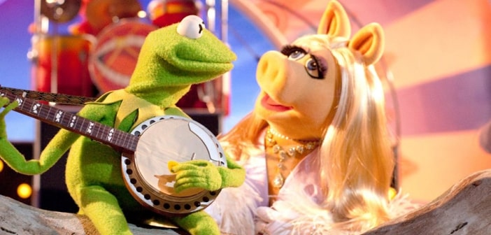 Stating Irreconcilable Differences Miss Piggy And Kermit The Frog Are Splitting Up