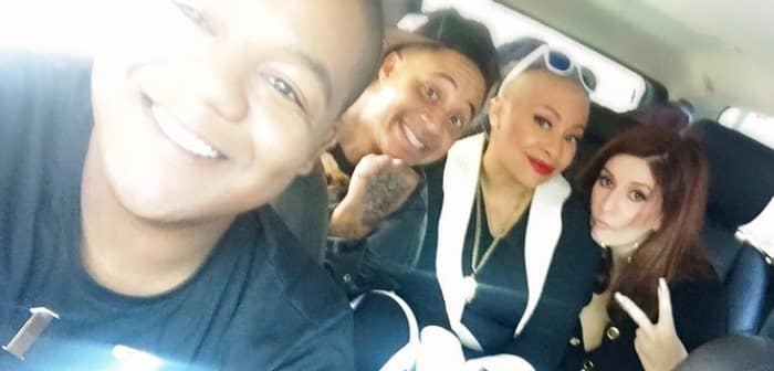 Raven-Symoné Teases 'That's So Raven' Reunion With Pic With Her Old Cast Mates