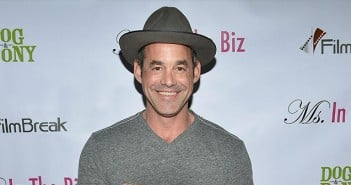 Nicholas-Brendon-Choking-Girlfriend