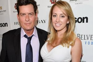 Ex-Fiancee Suing Charlie Sheen After He Publicly Declares He's HIV+