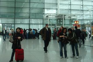 Make Airport Travel Easier With These Simple Travel Hacks