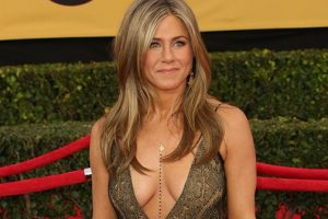 Jennifer Aniston Takes Number One At People Magazine Announces Her As 2016's Most Beautiful Woman 2