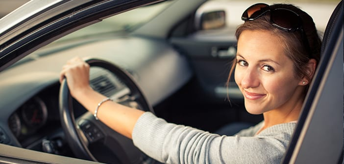 """In 1 Week A New Ladies Only Taxi Service """"Chariot for Women"""" Will Be Launching Nationwide"""