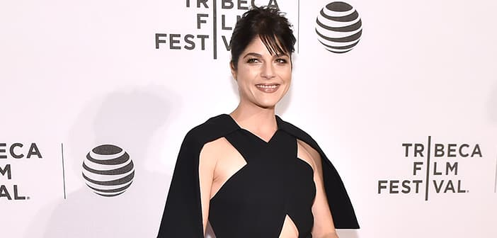 Actress Selma Blair Had To Be Taken Off Plane On A Stretcher