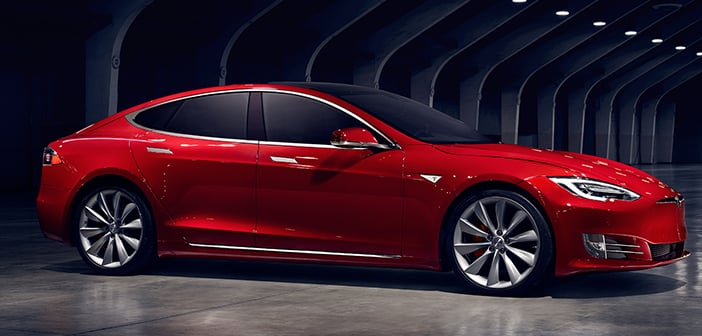 "Tesla's New Ludicrous Mode Has The Model s Being The ""Fastest Production Car Ever"""