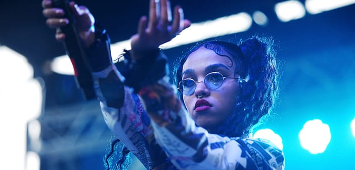 """FKA Twigs Gets Candid About Her Attraction To """"Abusive"""" Relationships"""