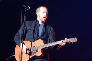 Chris Martin Surprises Homeless Shelter With Free Concert