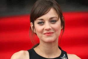 Marion Cotillard Honored In France With 'Lumiere Award'