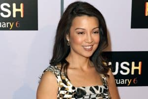 Ming Na Wen voice actor for Muan