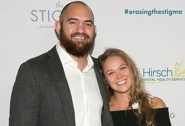 Ronda-Rousey-Engaged-to-Travis-Browne