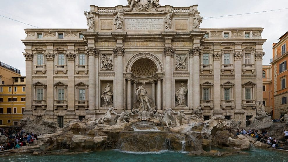 Trevi fountain emptied and collected millions in coins