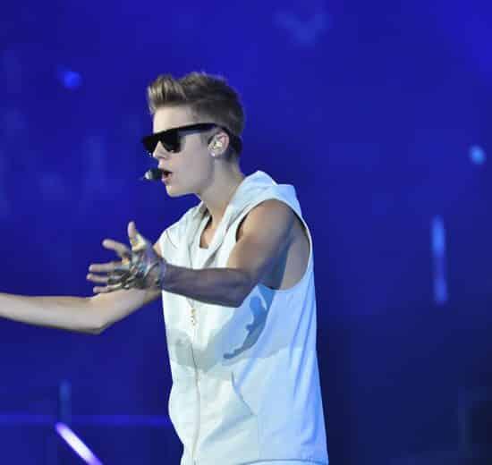 Justin Bieber hits photographer