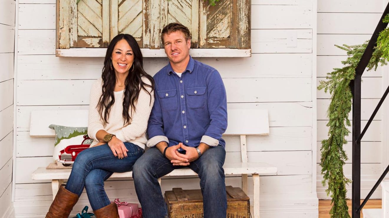 Fixer Upper Will Be Retiring From Hgtv 39 S Once Its Fifth