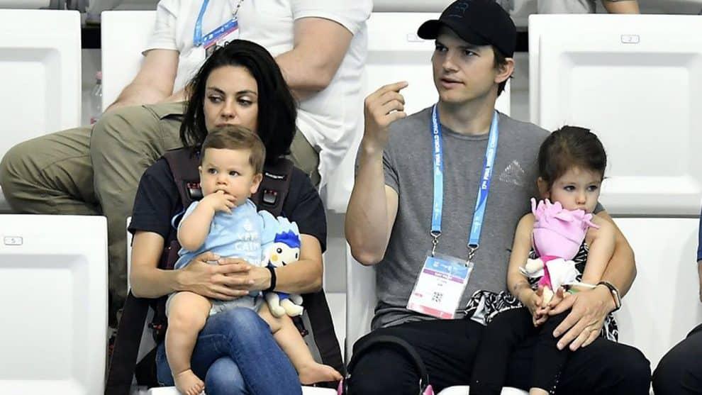 Mila Kunis & Ashto...