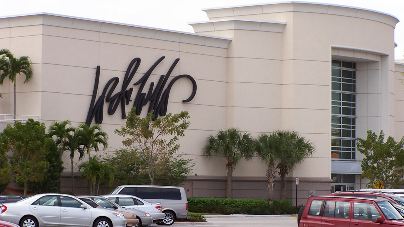 lord and taylor locations